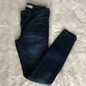 A&F Jean legging